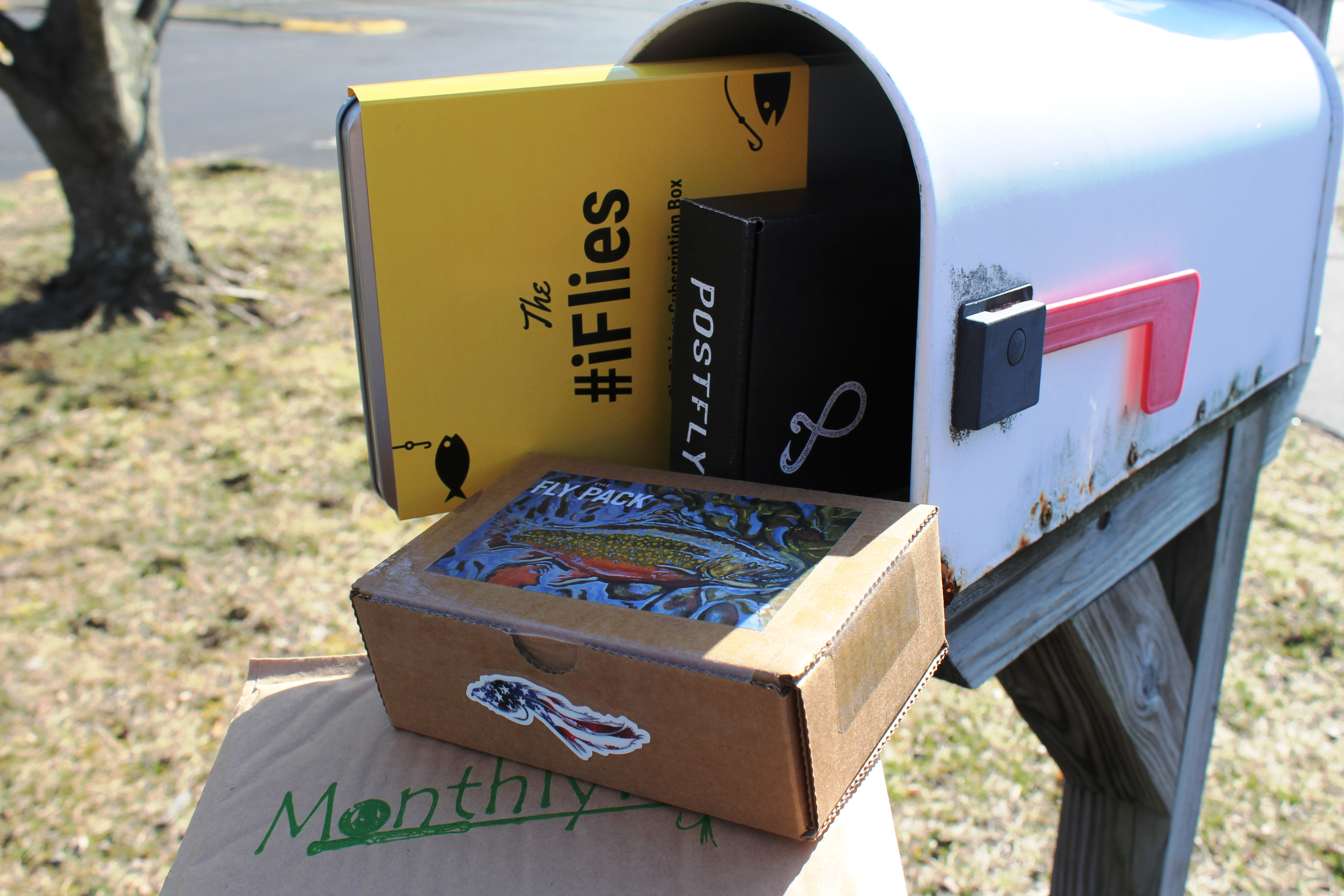 You 39 ve caught mail looking at fly subscriptions casting for Fly fishing subscription box